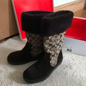Brown Coach kally boots size 7